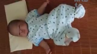 VERY FUNNY SLEEP CRYING BABY!