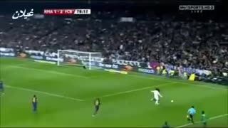 VIDEO: Cristiano Ronaldo owns Carles Puyol - Video