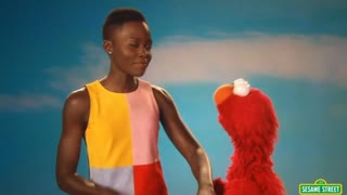 Nyong'o talks skin color with Elmo - Video