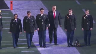 Here's what it sounded like when President Trump entered Mercedes-Benz Stadium - Video