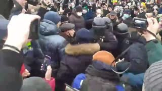 Massive Protests in Support of Putin Opposition Leader