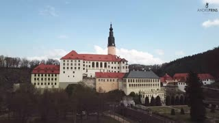 Beautiful drone footage captures majestic German castle