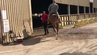 Soldiers Dream To Ride A Horse Comes True!
