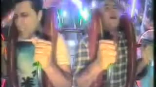 2 Friends on Slingshot Ride - Video