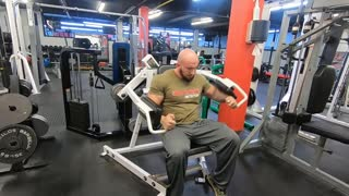 The equipment of the Iron Forged Gym - Hammer Strength Iso Lateral Raise
