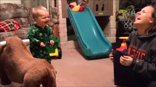 Baby's laugh attack will brighten your day! - Video