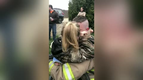 Soldier Dresses Up As Firefighter Surprises Daughters