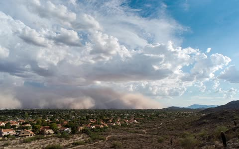 Massive dust storm completely engulfs city of Phoenix