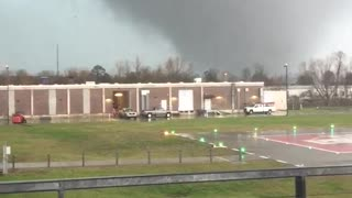 Tornadoes Rip Through New Orleans - Video