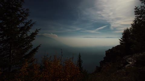 Time lapse overlooks forest fires in Idaho