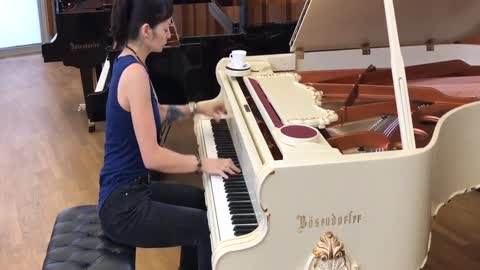 Artist Perfectly Covers 'Chop Suey' On The Piano
