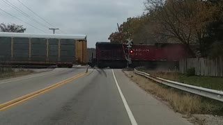 Train Wipes Out Semi - Video