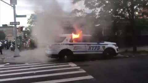 Suspect who set NYPD van on fire caught