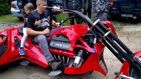 If You're a Fan of Trikes You're Going To Love This - V8 BMW Trike