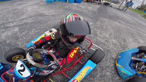 First time Karting 5 year old learns to drive in a pack