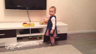 Try Watching This Without LAUGHING | Adorable BABY Showing Off - Video