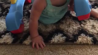 Cute baby thinks she's a turtle! - Video