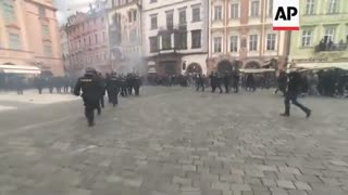 Czech people fight against the globalist Corona police