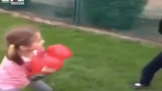 MMA Little Girl: This little girl really knows how to protect herself - Video