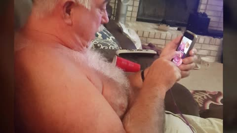 Grandpa experimenting with Snapchat results in uncontrollable laughter