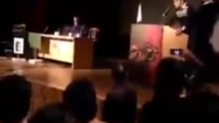 Student asked questions from Ali Motahari - Iran's Student day - Video
