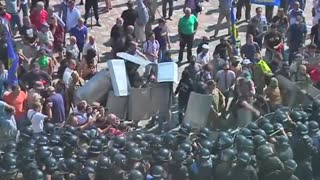 Clashes over special status vote for Ukraine's rebel east - Video