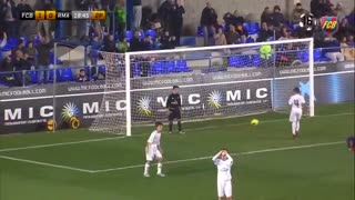 VIDEO: Incredible Free kick from 10 years old kid - Video