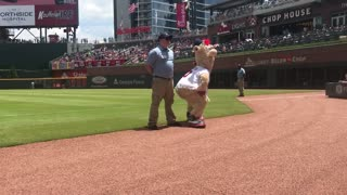 Mascot challenges security guard to dance-off, gets owned epic style
