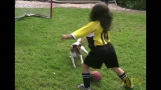 Dog Plays Soccer With Kids And Beats Them - Video