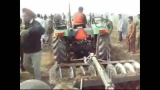 5900 DI G4 Disc Horrow (Open Challenge) Massey Ferguson  - Video