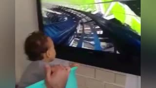 Super dad is on duty - Video