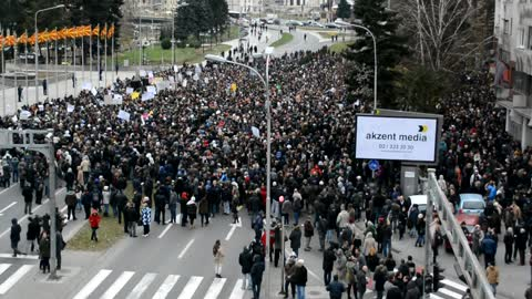 Macedonian students protest against external testing