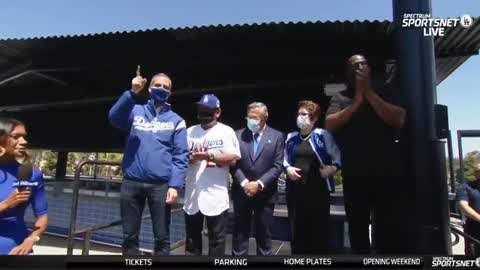 Baseball Fans HATE This Democrat Mayor, Boo Wildly When Name Announced at Game
