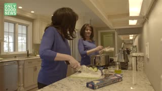 Breast Cancer Inspires Twin Sisters To Cook Healthy Recipes - Video
