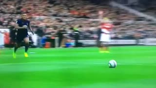 Que fail de Valdés vs Manchester United - Video
