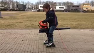 Kid finds clever way to power roller skates - Video
