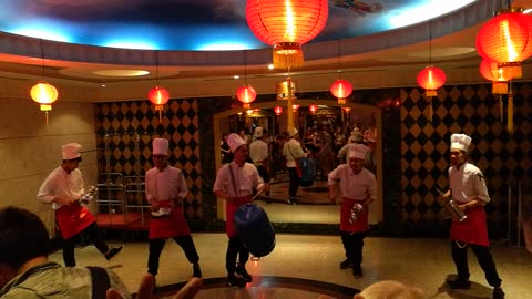 Thai chefs spontaneously break into song and dance