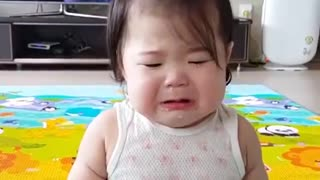 Korean baby eating crying cute - Video