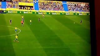 Lionel Messi playing in Defenders position vs Las Palmas - Video
