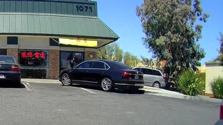 Driver Shows The Worst Way You Can Park Your Sedan - Video