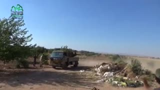 Syrian rebels attempt to drive Islamic State militants from Sandaf - Video