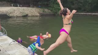 22 terrible ways to jump in a lake - Video