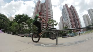 Rail ride bmx fail - Video
