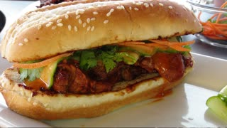 How to make a Korean Pork Tenderloin Sandwich - Video