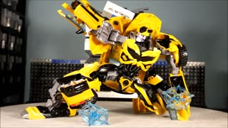 CiiC KBB Deformation Oversize Bumble Bee - Video