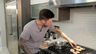 How to Make Eggs Benedict - Video
