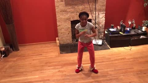 Wow she can really dance and she's only 10! Best dancer