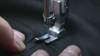 Hong Kong tailor replaces tape measure with 3D scanner - Video