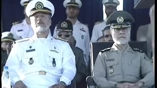 Iranian military parade mocked after failed stunt - Video