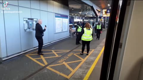 Female police officer unhappy with me filming her